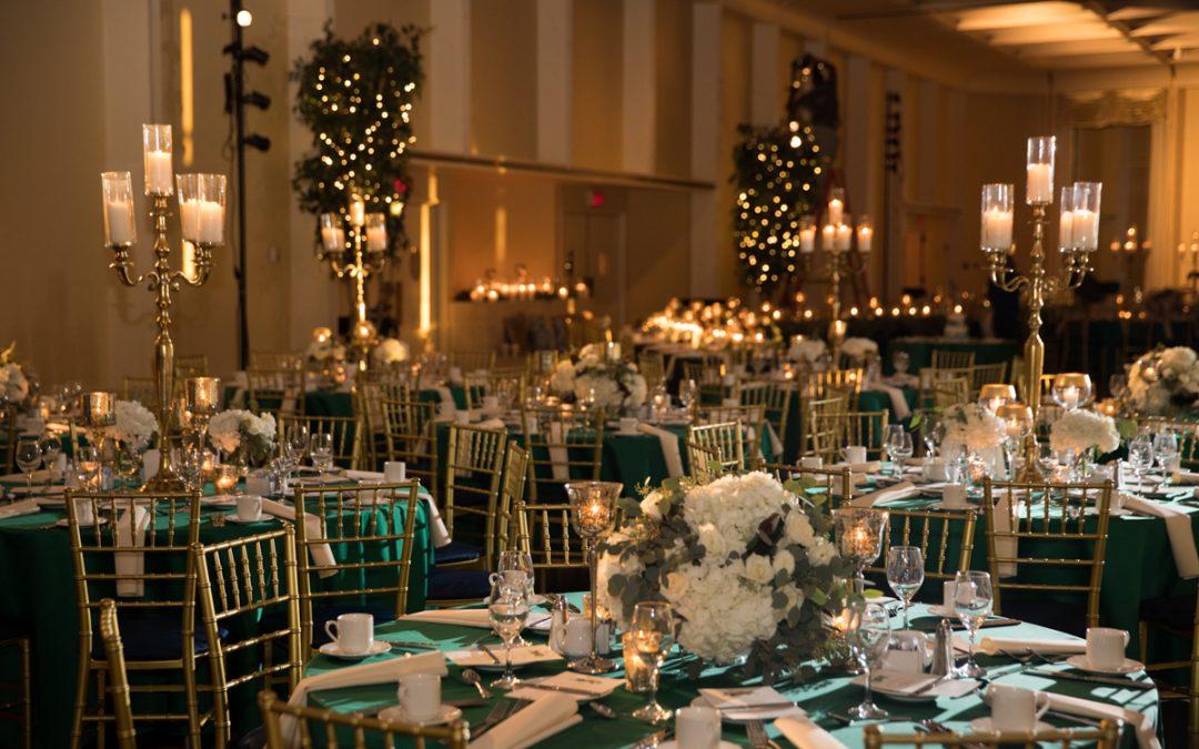 We love holiday weddings! #weddingwednesday